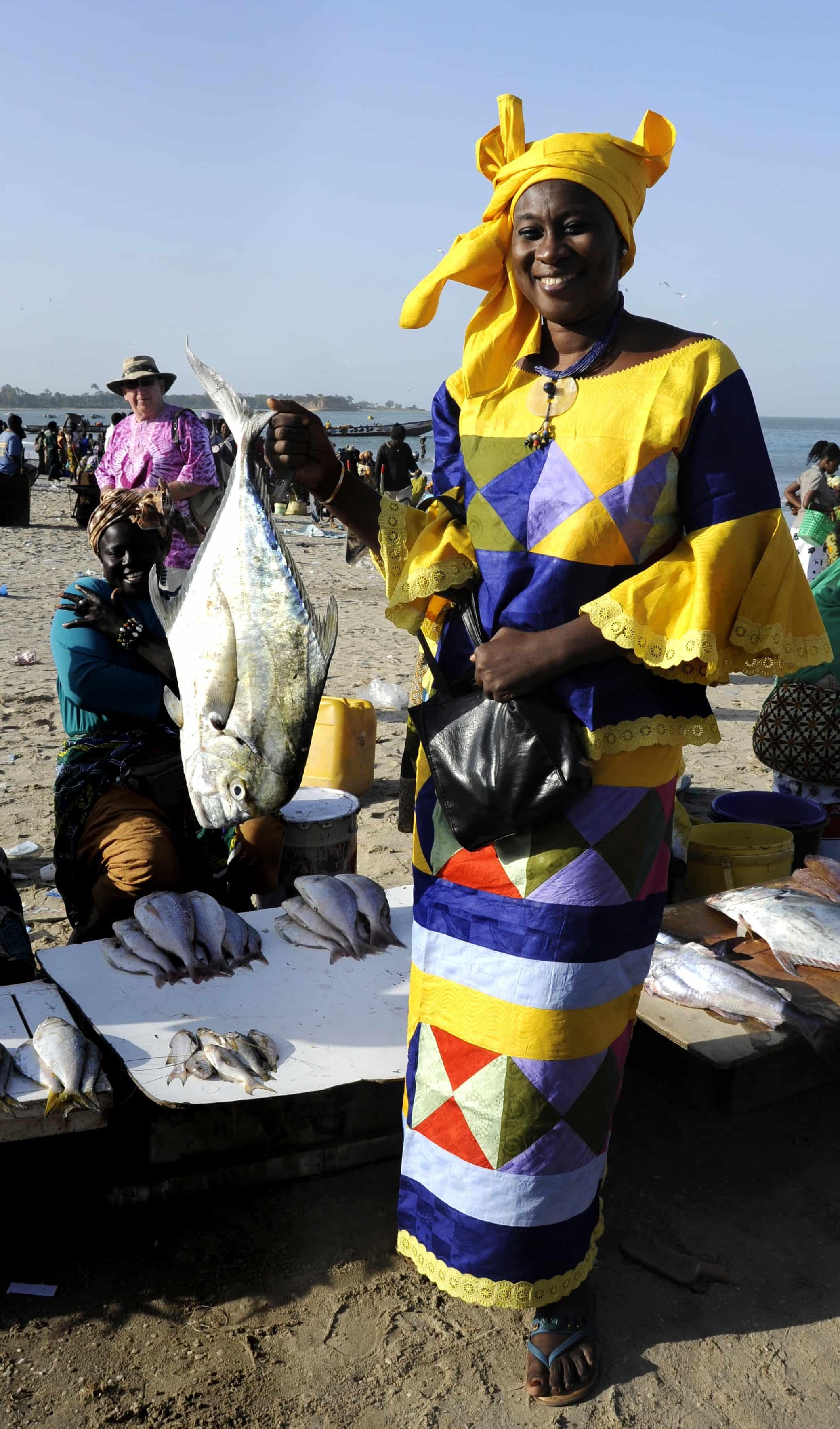 Ida selecting fish for benechin