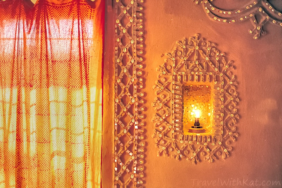 Camel dung hotel, Rajasthan, India
