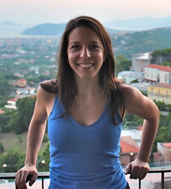 Mickela Mallozzi Headshot 1 Travel With Kat
