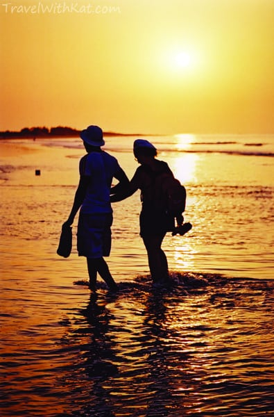 Kotu Beach sunset #FriFotos Romance