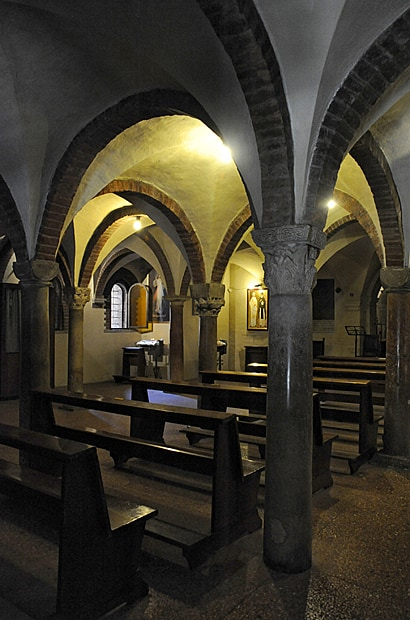Santo Stefano crypt, Bologna