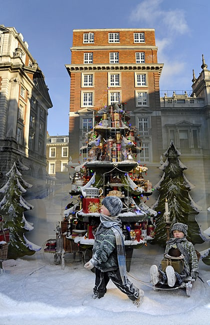 Fortnum and Mason's Christmas window