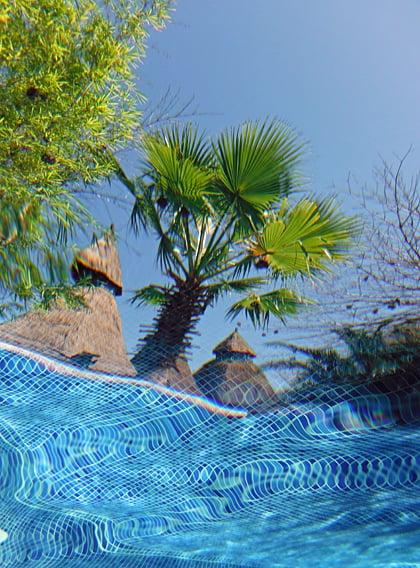 Mandina Lodges' swimming pool
