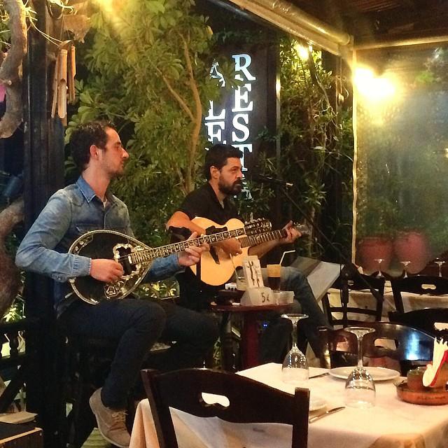 Great meal, service, atmosphere and music at Alexander Restuarant #kamari #Santorini #Greece #travel #travelblogger