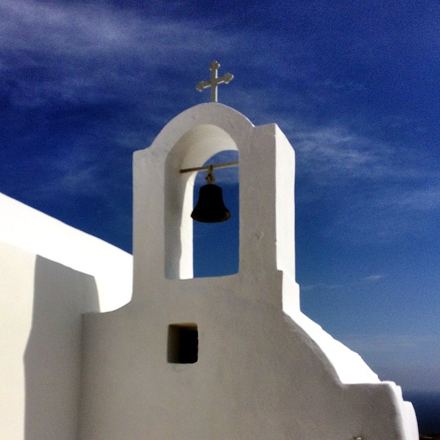 Exploring #Fira on #Santorini #Greece #travelpics #latergram