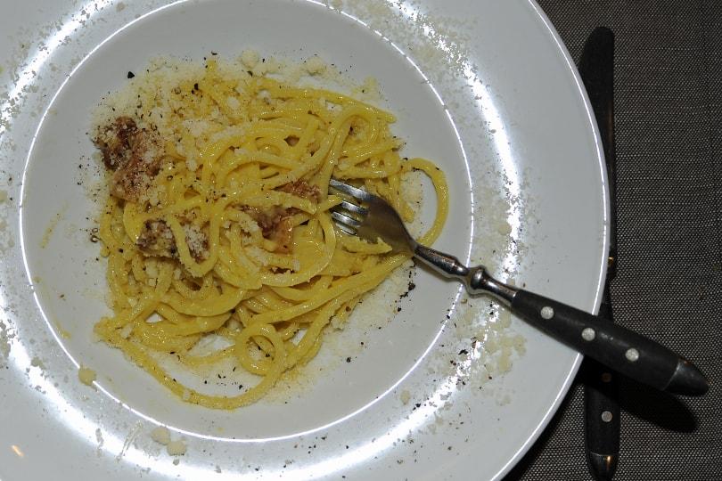 Spaghetti Carbonara - Travel Blogging
