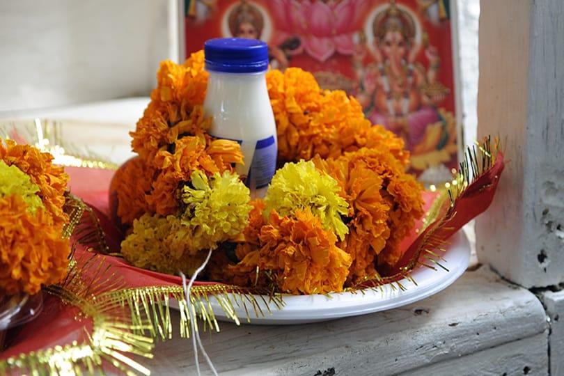 Dubai - Hindu offering
