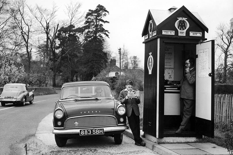 AA roadside telephone boxes