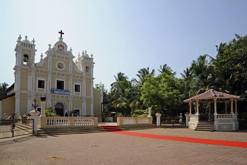 Holy Cross Church, Cavelossim, Goa
