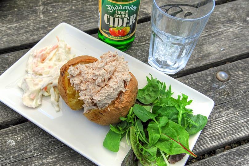 Baked potato and tuna