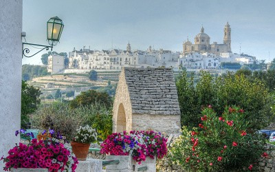 Celebrating the grape harvest at Locorotondo, Puglia