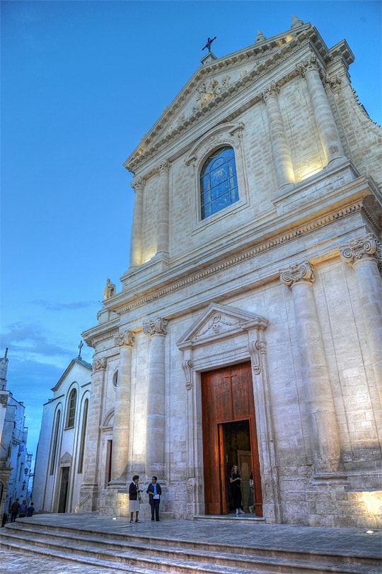 Church at Locorotondo, Puglia, Italy
