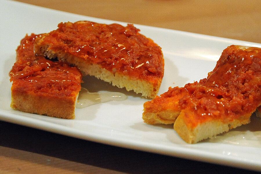 Menorcan cuisine | sobrasada drizzled in Chardonnay jam
