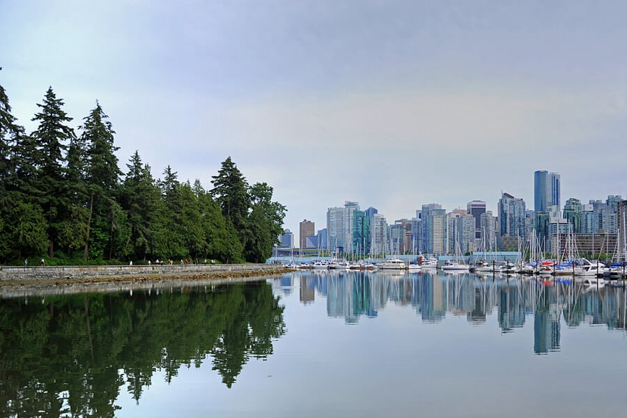 View of Vancouver ad the Stanley Park seawall, British Columbia, Canada