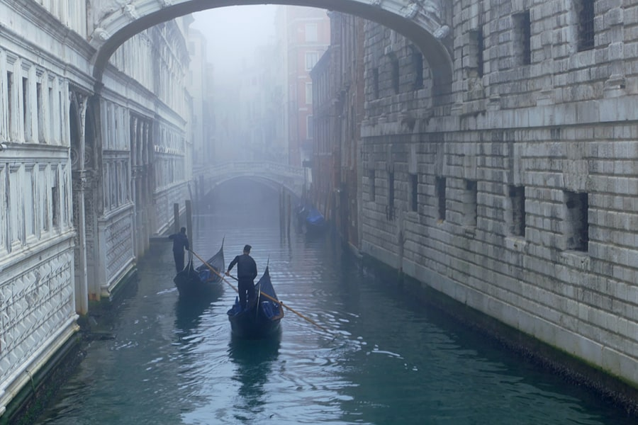 Iconic locations & top tips for photographing Venice