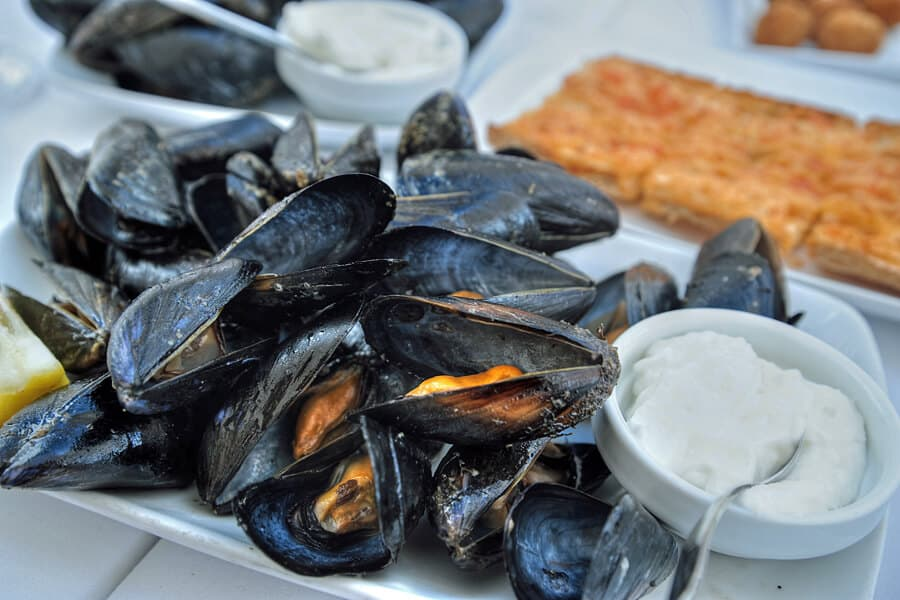 Mussels by the harbour in Cituadella, Menorca, Spain - one of my top 10 things to do on your Menorca holidays