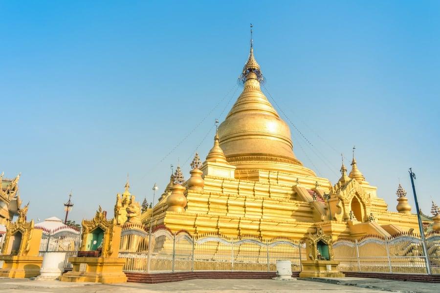 Sandamuni Pagoda, Mandalay, Burma (Myanmar)