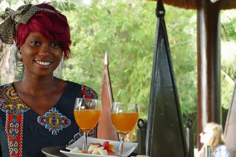 Fresh fruit for breakfast, served ith a smile, Mandina Lodges