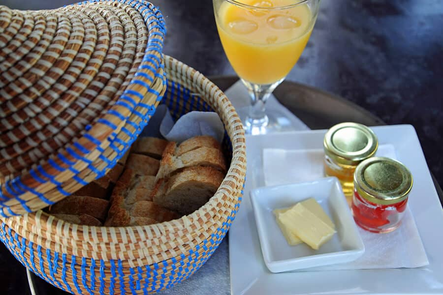 Tapalapa bread foTapalapa bread for breakfast at Mandina Lodgesr breakfast at Mandina Lodges