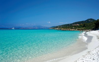 L'Ile Rousse, a picturesque seaside town and stunning beach