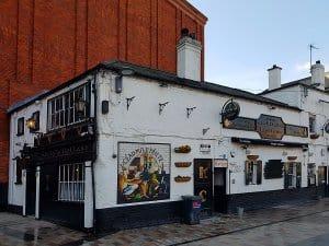 Kelly's, Belfast- one of the best bars in Belfast