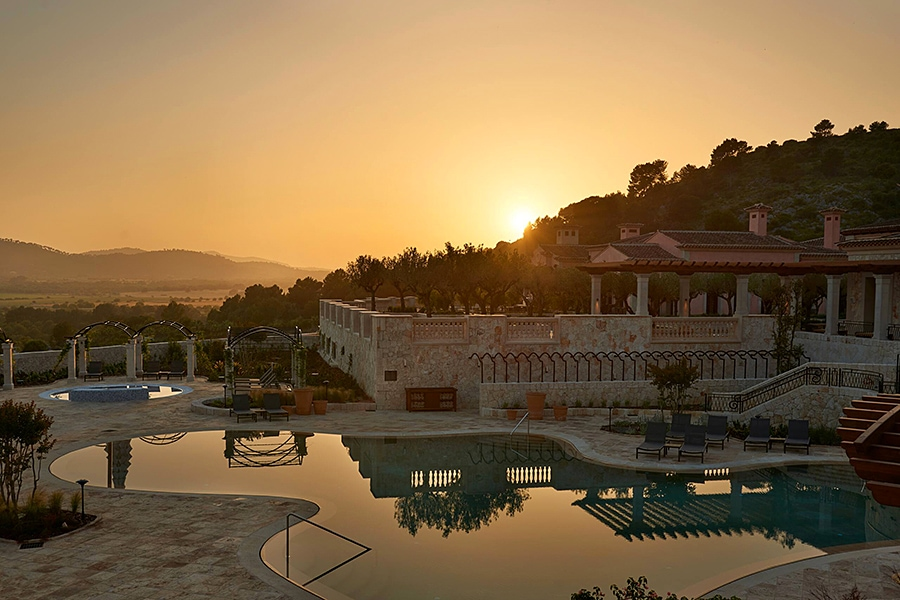 Park Hyatt Mallorca at sunset