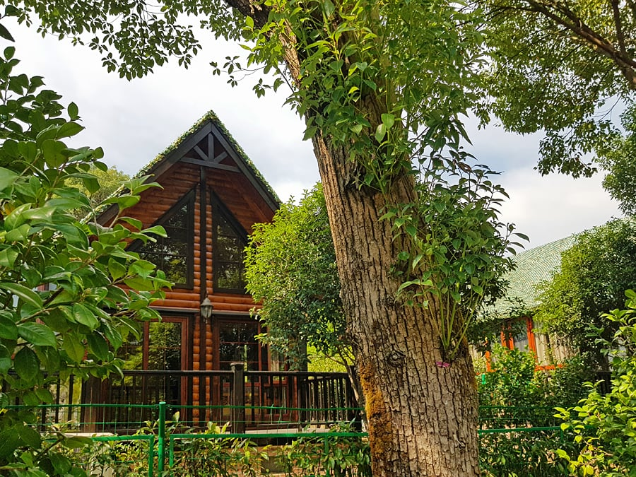 Log cabin for a family of four at he Paragon Gardens of Xiangtan, Hunan, China