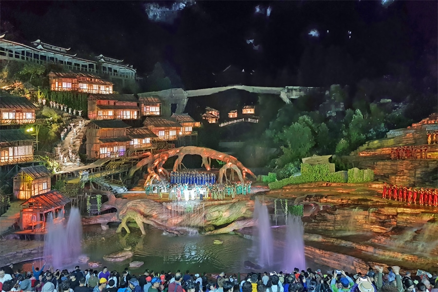 Tianmen Fox Fairy Show,, Hunan Province, China