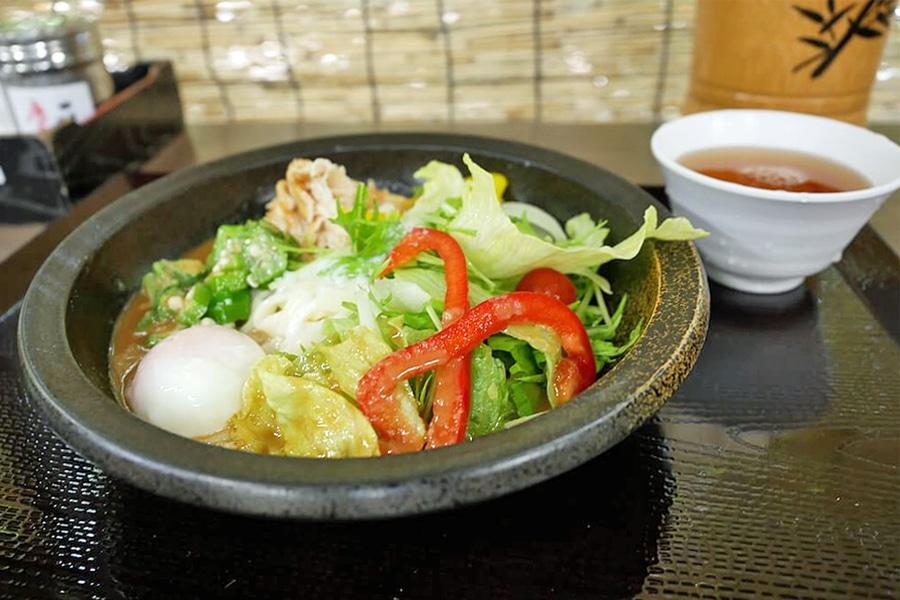 Salad Kishimen Miya Kishimen Atsuta Jingu Nagoya